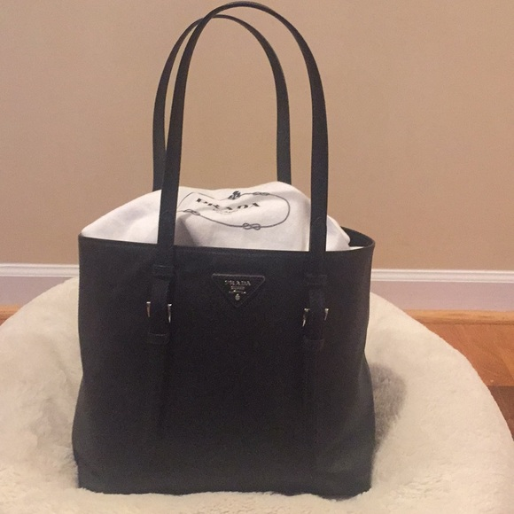 6278d227adcf Prada Bags | Auth Saffiano Tote Wcardslast Days Sale | Poshmark